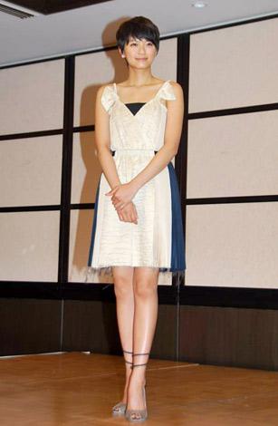『2010年エランドール賞』新人賞を受賞した榮倉奈々 (C)ORICON DD inc.
