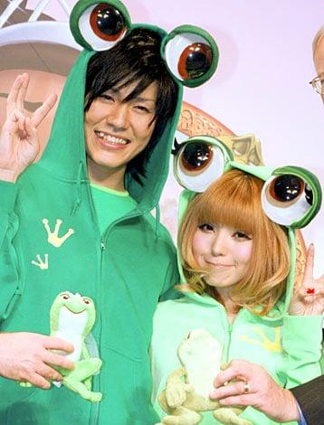 サムネイル 映画『プリンセスと魔法のキス』来日会見で梅田直樹と益若つばさがカエルに早変わり
