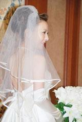 背中が大胆に開いたセクシーなドレスの西川史子(C)ORICON DD inc.