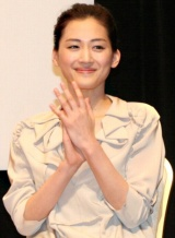 『第52回 ブルーリボン賞』で主演女優賞を受賞した綾瀬はるか (C)ORICON DD inc.