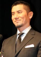 『第52回 ブルーリボン賞』で司会を務めた本木雅弘 (C)ORICON DD inc.
