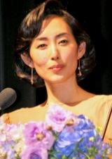 『第52回 ブルーリボン賞』で司会を務めた木村多江 (C)ORICON DD inc.