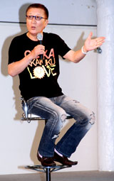 昨夏、大阪・南港のイベント後に北野を自身の番組で復帰させると宣言していたやしきたかじん(C)ORICON DD inc.