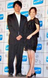 ドラマW『蛇のひと』発表会見に出席した(左から)西島秀俊、永作博美 (C)ORICON DD inc.
