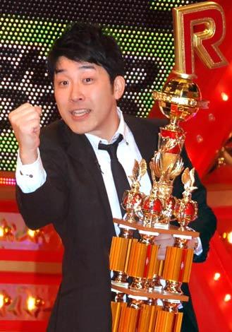 『R-1ぐらんぷり2010』王者に輝いたあべこうじ (C)ORICON DD inc.