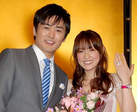 サムネイル 劇団ひとりと大沢あかね夫妻 (C)ORICON DD inc.