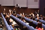 声優事務所の担当者が、獲得したい新人に対してスカウトの札を挙げる形式で最終選考が行われた(C)ORICON DD inc.