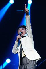 DVD-BOX『桑田佳祐の音楽寅さん〜MUSIC TIGER〜』発売記念イベントで、16年ぶりにソロで日本武道館のステージに立った桑田佳祐