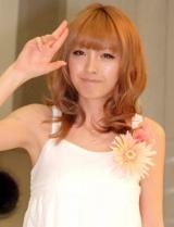 ヘキサゴンユニットのシングル「幸せになろう/恋」発売記念イベントに出席したPaboの木下優樹菜 (C)ORICON DD inc.