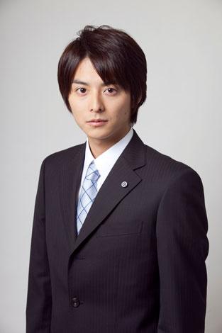 NHK土曜ドラマ『鉄の骨』に主演する小池徹平