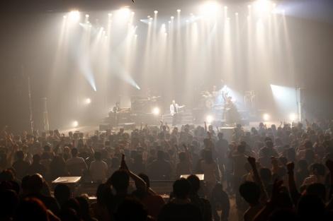 東京・渋谷 C.C.Lemonホールで行われた、『HOUND DOG 30周年記念Birthday Live』