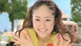 キュートな笑顔を見せる井上真央/『アイスの実』(江崎グリコ)