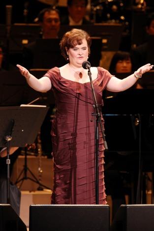 「翼をください」世界初披露 ※「読売日響グランドコンサート」にゲスト出演したスーザン・ボイル