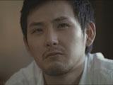 涙が溢れそうになる松田龍平/『ルーツ アロマブラック』(JT)新CM