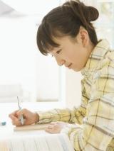 """栄光ゼミナールの調査によると、48.2%の女子たちが高校入学前に""""理系""""の進路を決めていたという"""