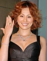 ティファニーの『イエローダイヤモンドコレクション』にゲスト来場した米倉涼子 (C)ORICON DD inc.
