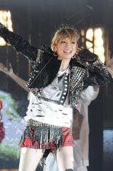 ライブツアー『ayumi hamasaki ARENA TOUR 2010 〜Rock'n'Roll Circus〜』の埼玉公演を11日、埼玉・さいたまスーパーアリーナで行った浜崎あゆみ