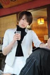 吉瀬美智子が熱演するドラマ『ハガネの女』のワンシーン