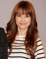 NHK教育テレビ『テレビでハングル講座』に出演するヨンア (C)ORICON DD inc