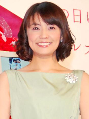 サムネイル ソニーのデジタルフォトフレーム『S-Frame』発売イベントに出席した小林麻耶 (C)ORICON DD inc.