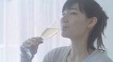 『さらりとした梅酒』3代目キャラクターのマイコ