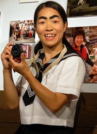 イモトアヤコ、すっぴん写真に自信「ほぼ成海璃子です」 | ORICON NEWS