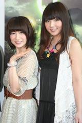 米映画『9<ナイン>〜9番目の奇妙な人形』のイベントに登場し、笑顔を見せる(左から)おかもとまり、SDN48・野呂佳代 (C)ORICON DD inc.