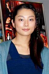 舞台『甘え』の公開稽古後に取材に応じた小池栄子