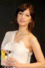 『ブルガリ ブリリアントドリームアワード2010』を受賞したマリエ