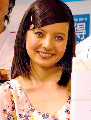 『イオンのお中元2010 夏ギフト』PRイベントに出席したベッキー (C)ORICON DD inc.