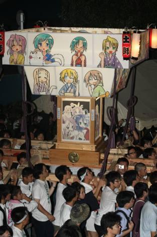 大人気「らき☆すた神輿」も海を超えて上海万博会場に登場