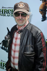 『シュレック フォーエバー』のプレミア上映に駆けつけたスティーブン・スピルバーグ監督