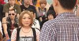 こちらは、女優ばりにウソ泣きを披露する小原正子