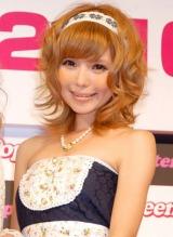 イベント『アゲる!POP祭り2010』の記者発表会に出席した益若つばさ (C)ORICON DD inc.