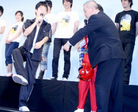 井筒和幸監督がジャルジャル・後藤淳平に「靴が違う」(C)ORICON DD inc.