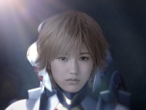 金髪ショートヘアでロボットに変身したAKB48・渡辺麻友/Wii専用ソフト『ゼノブレイド』CM