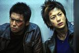 映画『リアル鬼ごっこ2』に主演する石田卓也(左)と三浦翔平 (C)2010 リアル鬼ごっこ2 製作委員会