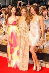 映画『SEX AND THE CITY2』のジャパンプレミアに出席した道端三姉妹(左からアンジェリカ、ジェシカ、カレン)