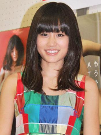 写真集『ATSUKO』の発売記念握手会を行ったAKB48の前田敦子 (C)ORICON DD inc.