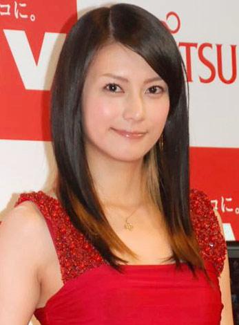 富士通『FMV』2010年夏モデル新商品・CM 発表会に出席した柴咲コウ (C)ORICON DD inc.
