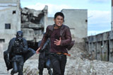 鬼気迫る映画『リアル鬼ごっこ』のワンシーン (C)2010 リアル鬼ごっこ2 製作委員会