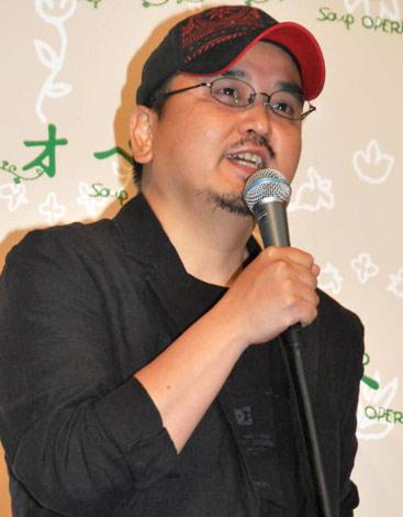 映画『スープ・オペラ』の完成披露舞台あいさつに登壇した瀧本智行監督 (C)ORICON DD inc.