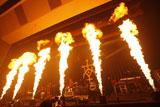 """熱いギタープレイに会場も""""炎上"""""""