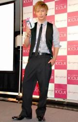 コージー本舗の設立50周年記念キャンペーン発表会に出席した成宮寛貴 (C)ORICON DD inc.