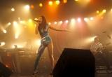 "GIRL NEXT DOORが初ライブハウスツアー『GIRL NEXT DOOR LIVE TOUR 2010 ""FIRST COLLECTION""』を完走! セクシー衣装で歌いあげたボーカルの千紗"