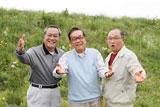 『新やさしい EVER』(アフラック)新CMでコミカルな演技を披露する(左から)小野武彦、北村総一朗、斉藤暁