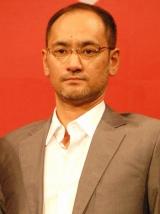 映画『悪人』完成報告会見に出席した原作者の吉田修一氏 (C)ORICON DD inc.