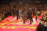 映画『踊る大捜査線 THE MOVIE3 ヤツらを解放せよ!』完成披露舞台あいさつでレッドカーペットを歩くキャスト陣 (C)ORICON DD inc.