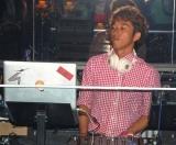 『VANITY LONGE』の開店記念パーティーでDJを務めた小橋賢児 (C)ORICON DD inc.