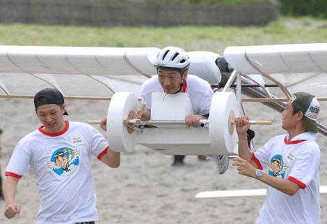 宮根誠司アナウンサーが『第33回鳥人間コンテスト選手権大会』に挑戦! フライトの練習風景を公開